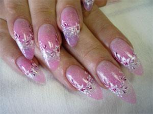 Искусственные ногти с помощью геля