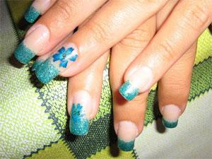 Сухоцветы в дизайне ногтей