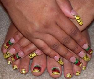 Тигриный дизайн ногтей