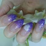 Инкрустированные акриловые ногти