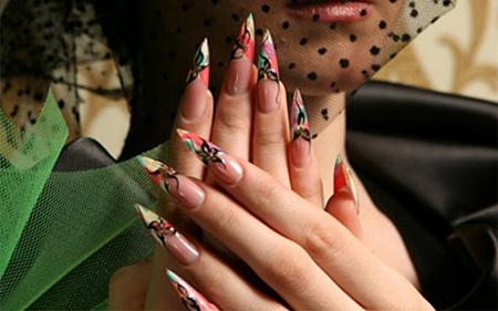 Летний дизайн ногтей: говорим по-французски