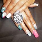 Дизайн ногтей «Зебра»