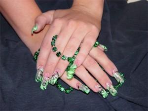 Дизайн ногтей «Спиралевидная абстракция»