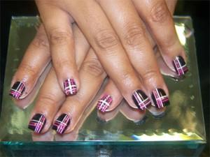 Дизайн ногтей «Плед»
