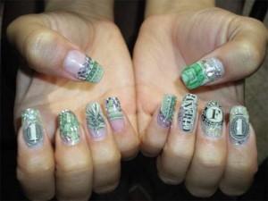 Дизайн ногтей «Деньги, деньги, деньги»