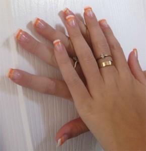 Дизайн ногтей «Сахарные кончики»