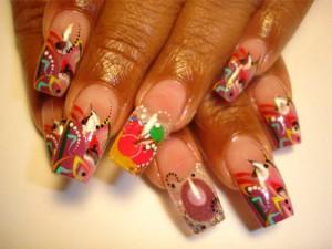 Абстрактный дизайн ногтей с вишнями