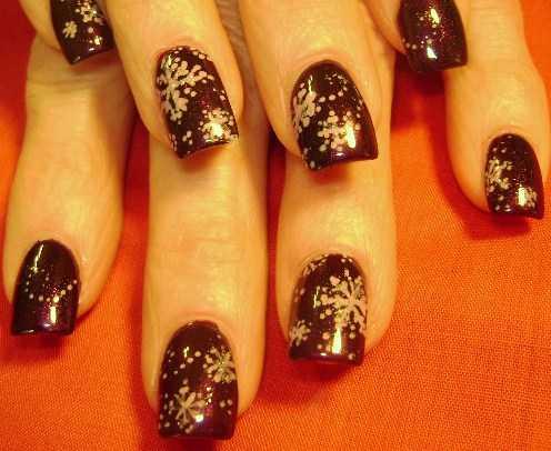 """Дизайн ногтей """"Серебряные снежинки"""""""
