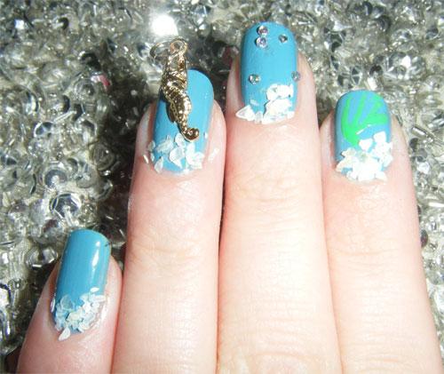 Дизайн ногтей с морским коньком
