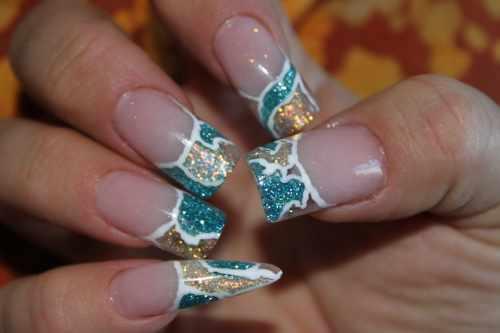зимний дизайн ногтей: