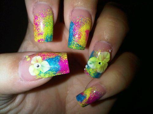 """Дизайн ногтей """"Яркая женщина"""""""
