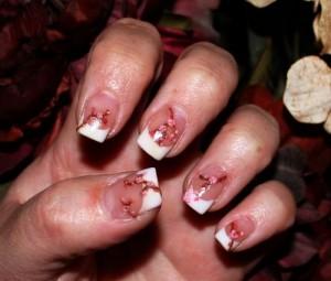 Дизайн ногтей «Цветущая вишня»
