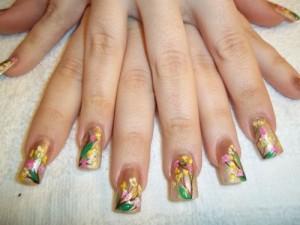 Дизайн ногтей «Весенний букет»