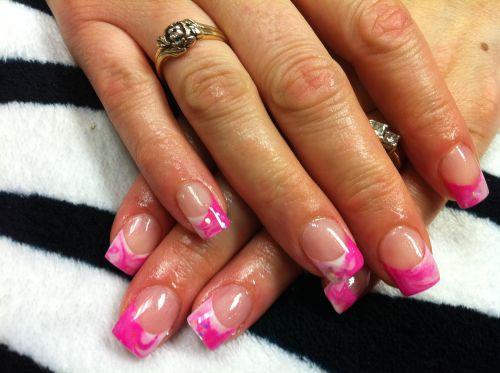 розовый френч фото ногти