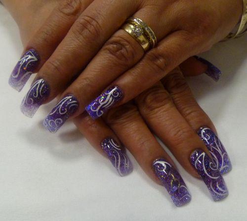"""Дизайн ногтей """"Спиральные мотивы"""""""