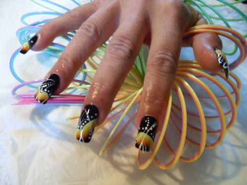 "Дизайн ногтей ""Черная дыра"""