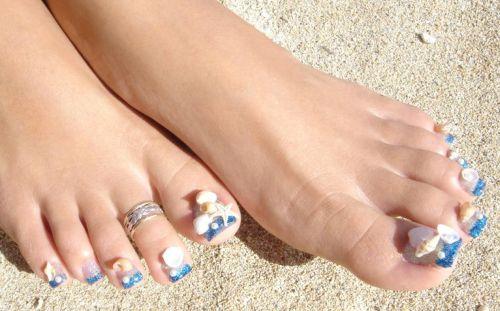 """Дизайн ногтей на ногах """"Сейшелы"""""""
