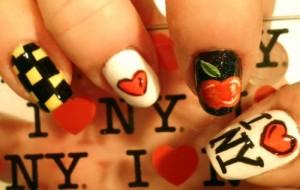 Дизайн ногтей для фанов Нью-Йорка