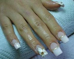 Лепка на безымянном пальчике невесты