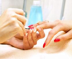 Миниатюрная роспись ногтей: изящное совершенство