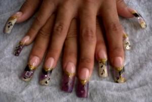 Нотный дизайн ногтей