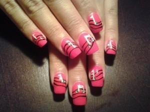 Дизайн ногтей «Музыка любви»
