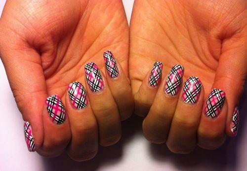 "Дизайн ногтей ""Клетчатый плед"""
