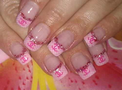 """Дизайн ногтей """"Chanel"""""""