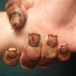Дизайн ногтей «Зомби» для вечеринки Хэллоуин