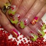 Дизайн ногтей с вишнями