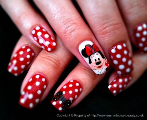 Дизайн ногтей с Мини Маус