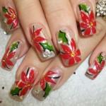 Дизайн ногтей с алыми цветами