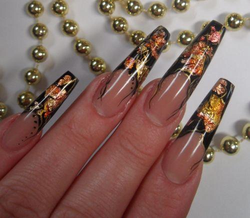 """Дизайн ногтей """"Золотые лепестки"""""""