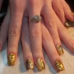 Дизайн ногтей «Золотой орнамент»