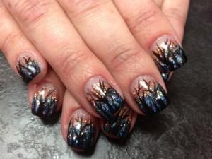 Дизайн ногтей «Облетевшие деревья»