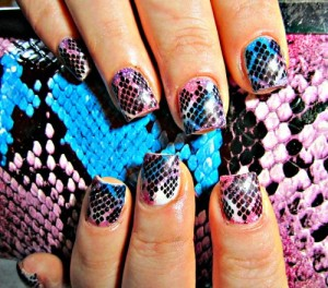 Дизайн ногтей «Змеиная кожа»