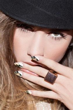 Модные наклейки для ногтей 2013 года от компании NCLA
