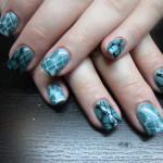 Треугольный дизайн ногтей